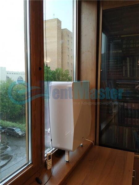 Установка бризера Тион 3s на стеклопакет балконной стены, Москва, ул. Хромова Фото14