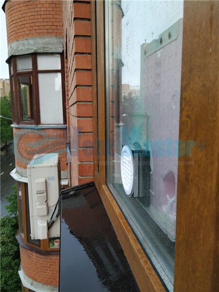 Установка бризера Тион 3s на стеклопакет балконной стены, Москва, ул. Хромова Фото23