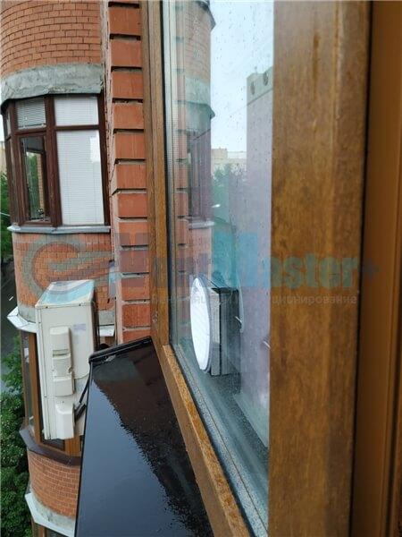 Установка бризера Тион 3s на стеклопакет балконной стены, Москва, ул. Хромова Фото24
