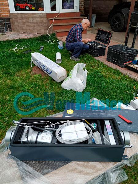 Монтаж приточной установки Minibox E-300 Zentec c шумоглушителем Фото5