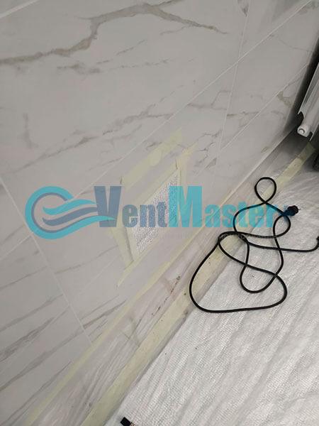 Монтаж приточной установки Minibox E-650 Zentec в бассейн Фото18