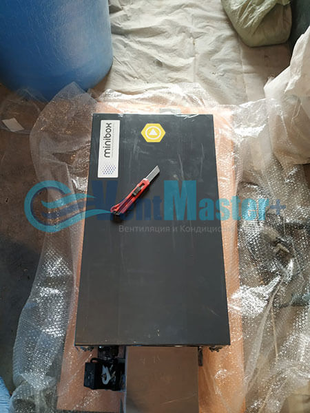 Монтаж Minibox-E650-Blaufast-RK-01-ЖК-Сильвер Фото5